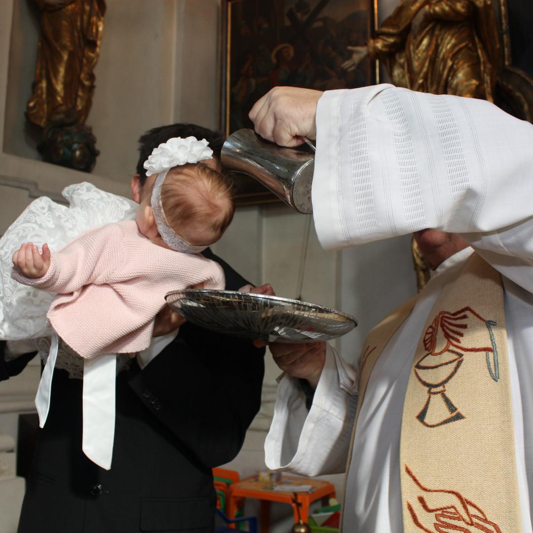 Wie läuft eine Taufe ab?