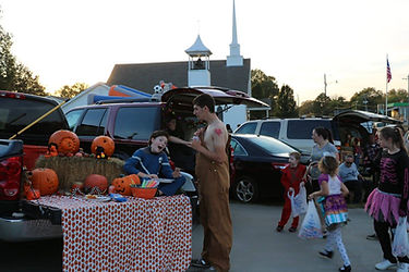 Trunk or Treat 2016 4.jpg