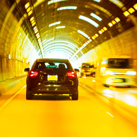 トンネルの照明について