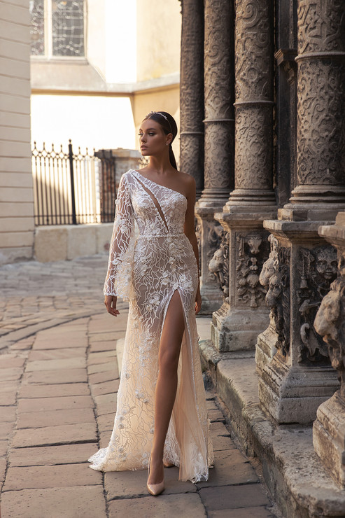 DAISY GOWN - FLOWER MELODY COLLECTION BY VALERI GROSS