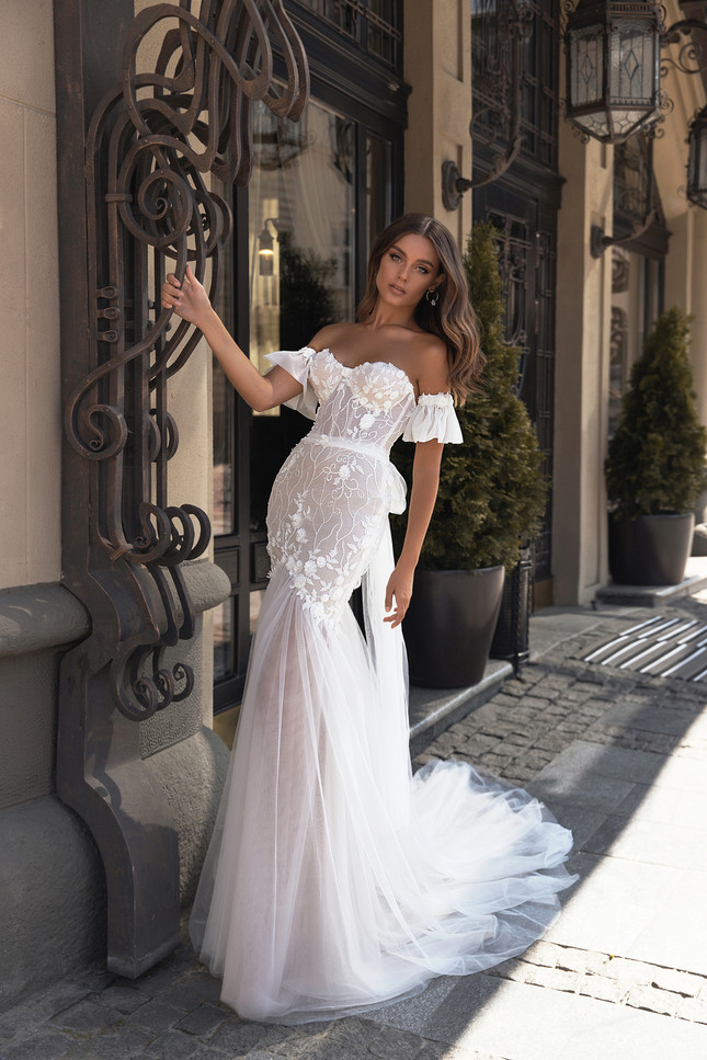 CAMELIA GOWN FLOWER MELODY COLLECTION BY VALERI GROSS
