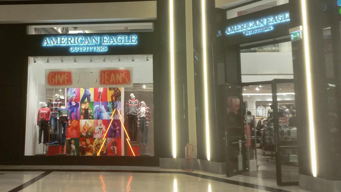 American Eagle_Golden Hall.jpg