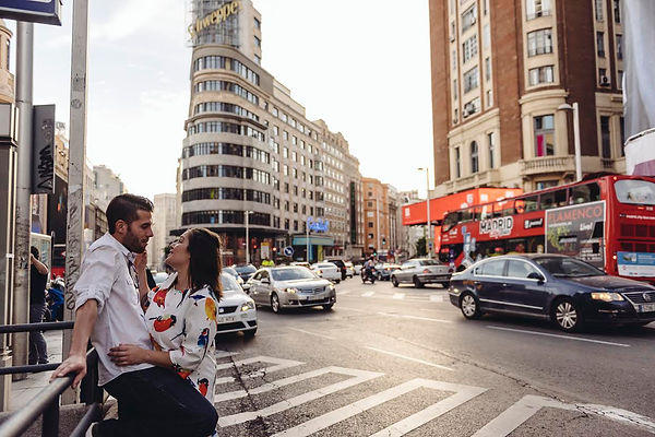 Dovetail Madrid Spain Photographer City Couple Love