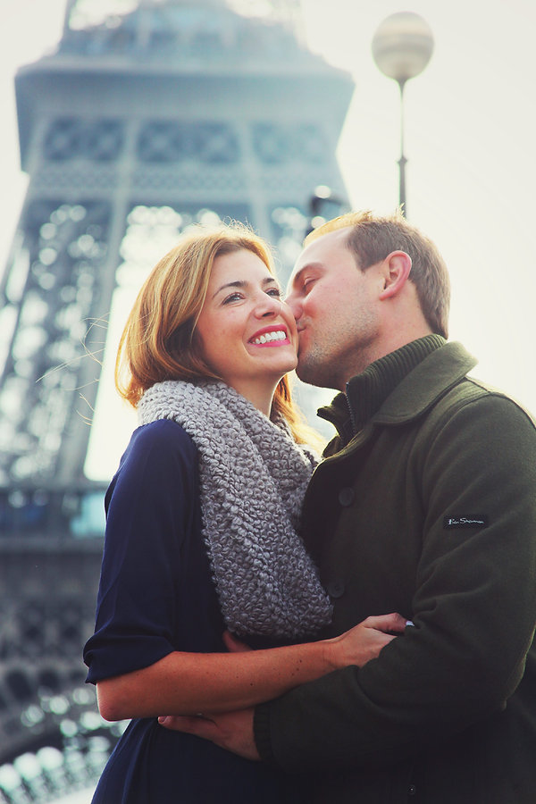 Paris Vacation Photographer Eiffel Tower Kiss