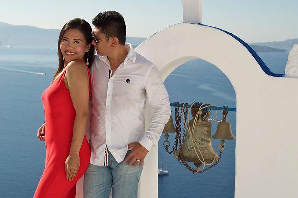 Dovetail Santorini Photographer Beautiful Couple