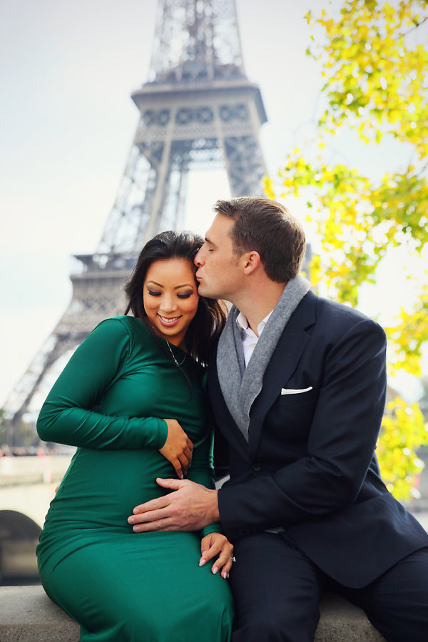 Paris Vacation Photographer Eiffel Tower Pregnant Couple