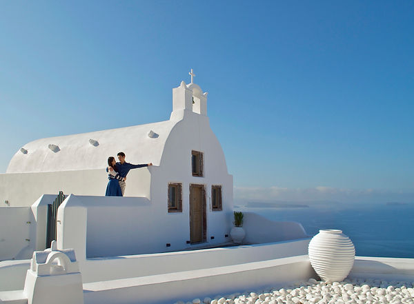 Santorini Dovetail Photographer Oia Fira Couple