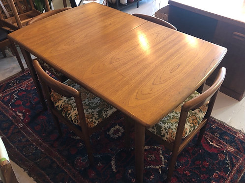 Extending Dining Table by Meredew