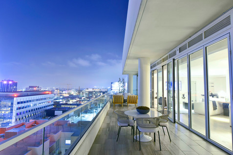 W Residences, Los Angeles