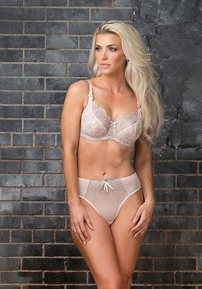 Nicole (38+) - FFY