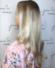 🔶Ihana kevät kaunotar _roosamononen kävi luonani raikastamassa vaaleaa ilmettään🔶 Juttelimme paljo