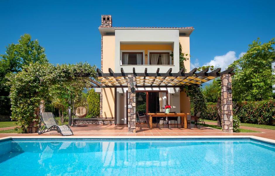 """Συγκρότημα 12 εξοχικών κατοικιών """"OLYMPUS VILLAS"""" στην παραλία Ν.Παντελήμονα Πιερίας"""