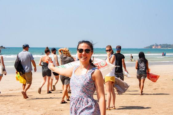 beach clean freedom surf school weligama