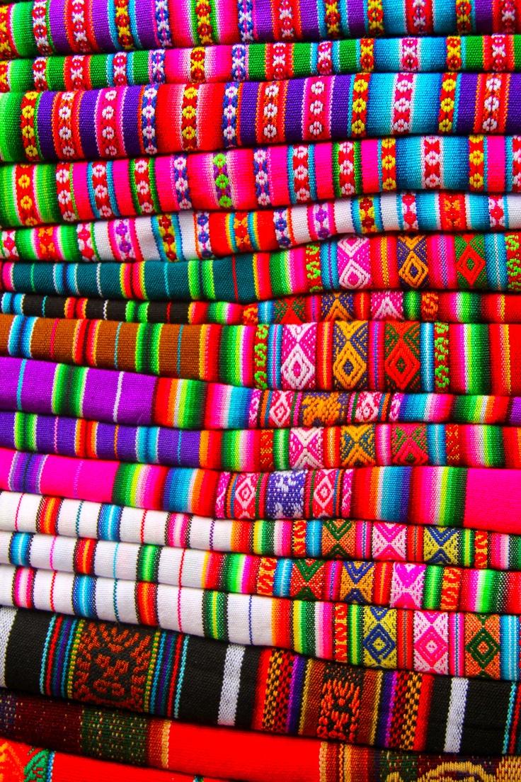 d780746b8543ec605c6bf66891564923--peruvian-textiles-peruvian-art