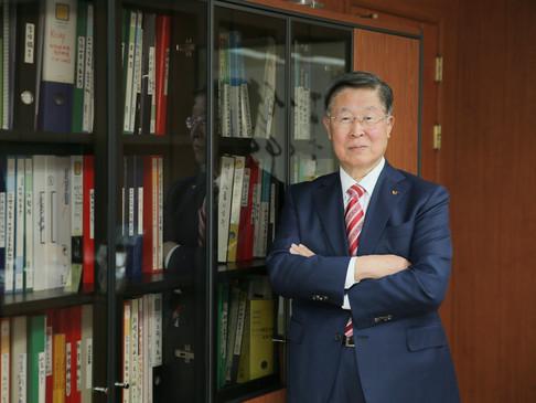 CEO 프로필 사진