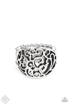 Dreamy Date Night Silver Ring - R1494