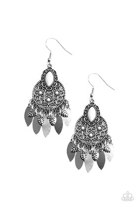 Galapagos Glamping White Earring - E1450