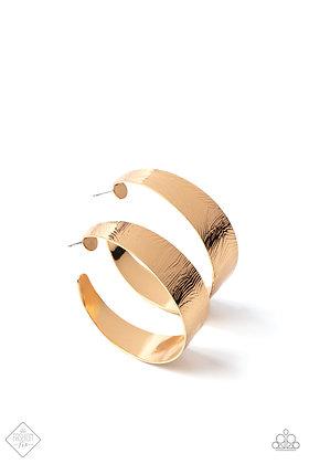 Curve Crushin Gold Earring # E1454