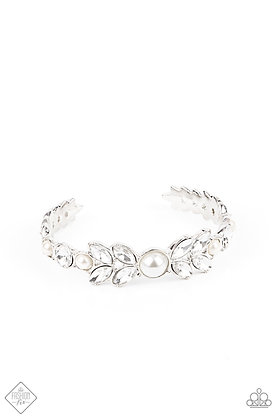 Regal Reminiscence Bracelet - B1442