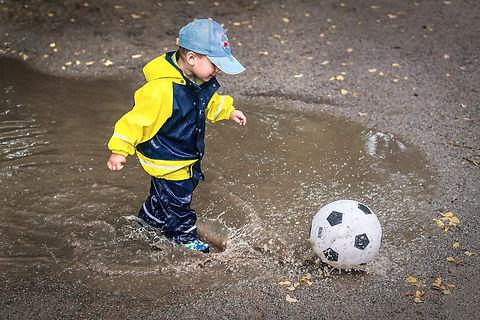 kid-1465534_1280_edited.jpg