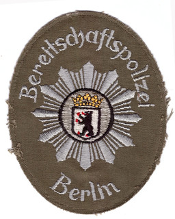 Berlin Bereitschaftspolizei alt.jpg