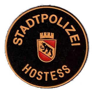 Stadtpolizei Bern-Hostess.jpg