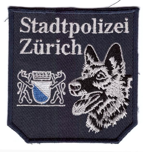 Stapo_Zürich_Diensthundeführer.jpg