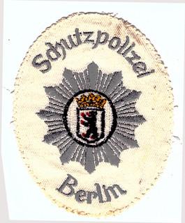 Berlin Schutzpolizei weiss.jpg