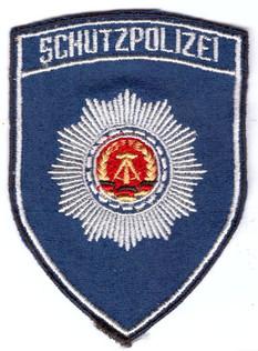 Schutzpolizei blau.jpg