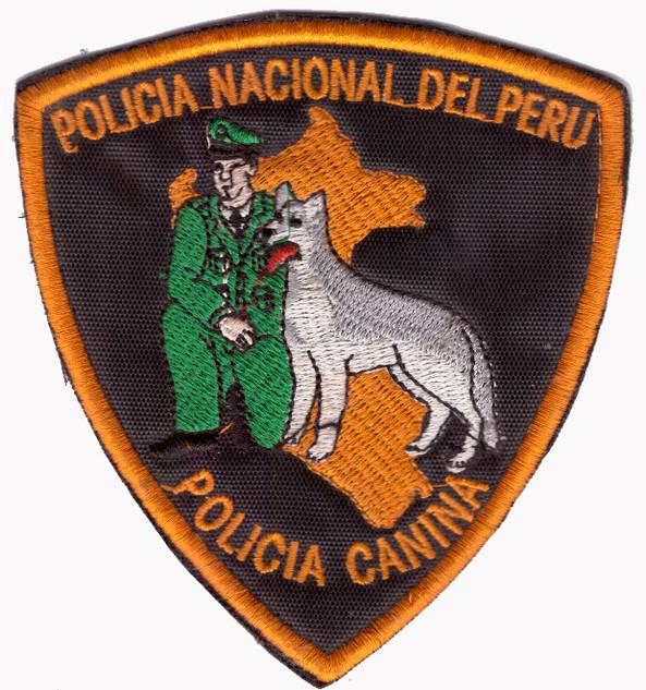 Policia Nacional Peru-Hundestaffel.jpg