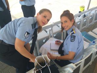 Bild Polizist Cypern.jpg