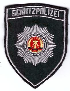 Schutzpolizei_grün.jpg
