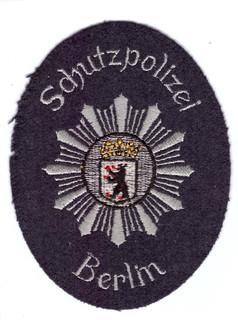 Berlin Schutzpolizei blau.jpg