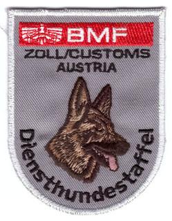 BMF-Zoll-Hundestaffel.jpg