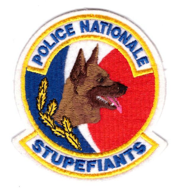 Frankreich_Police_National_Hundeführer.