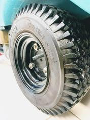 Tennant 5700 scrubber tyres