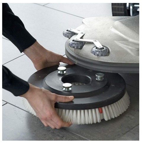 RA605 Brush Fitment