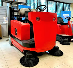 STR1300 sweeper for sale