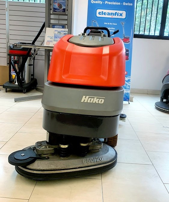 Battery Powered Floor Scrubber Dryer
