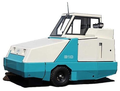 TENNANT 800 Sweeper