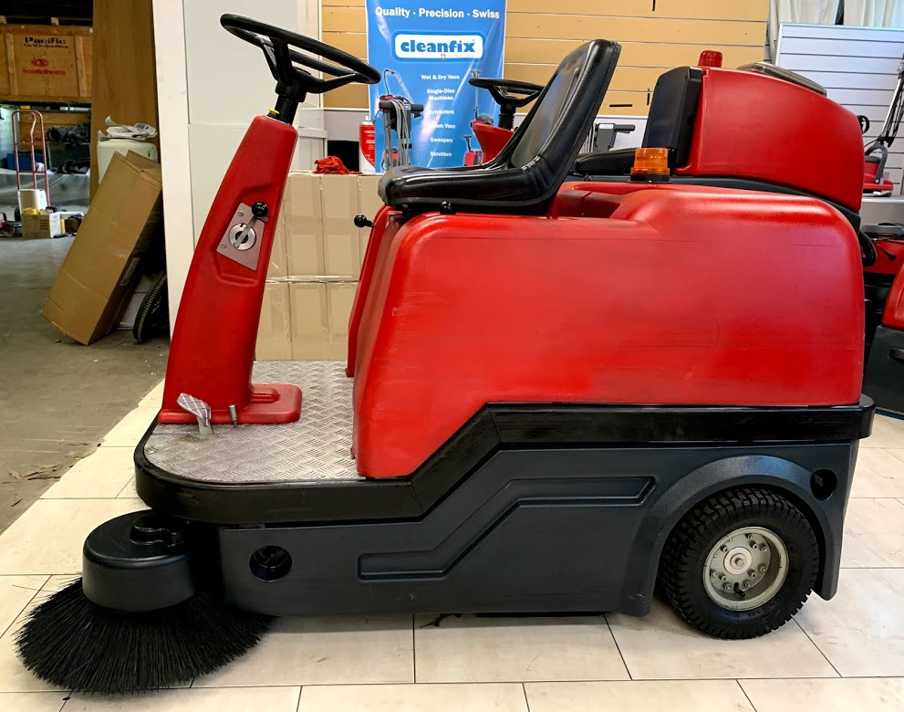 Used Cleanfix KS1200 sweeper