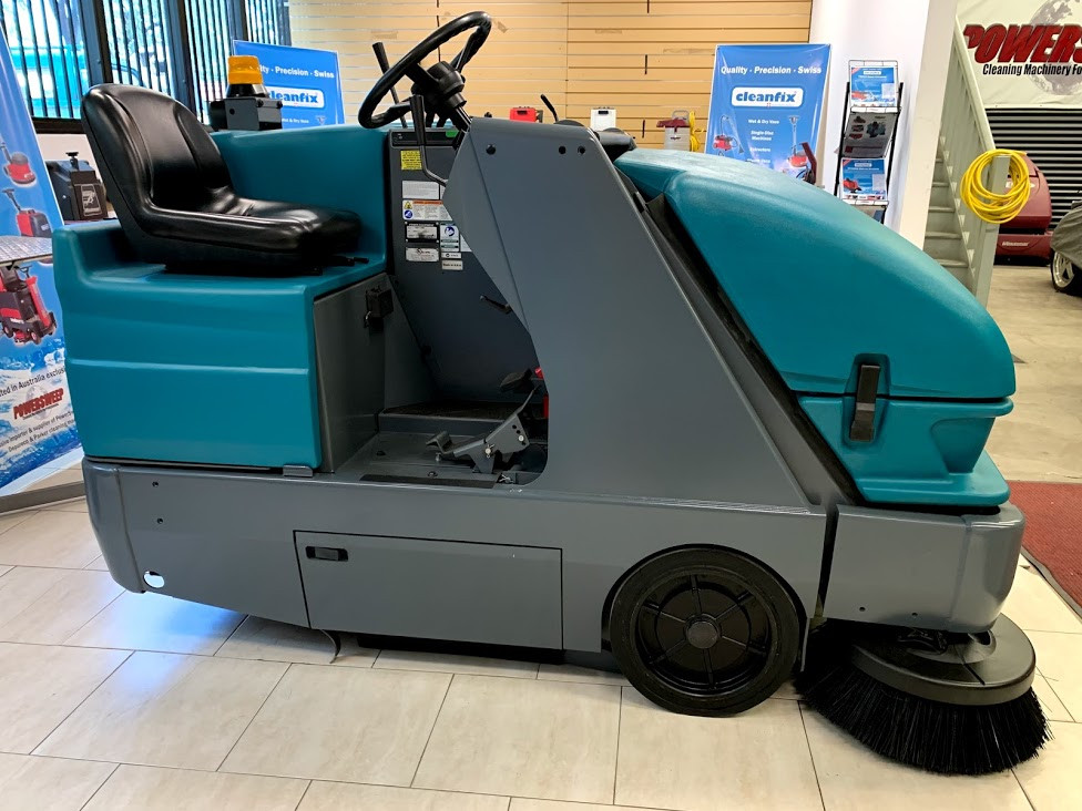 Tennant S20 sweeping machine