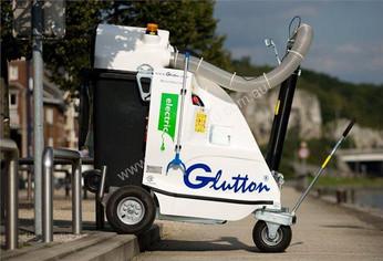 All terrain wheels on Glutton Litter Vacuum