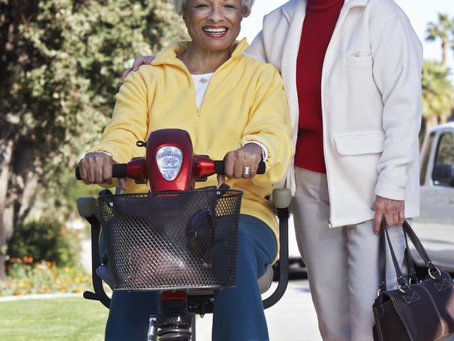 How A Scooter Can Help Seniors Be Self-Sufficient and Mobile