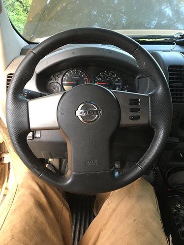 2005+ Xterra, Frontier, Pathfinder Leather Steering Wheel