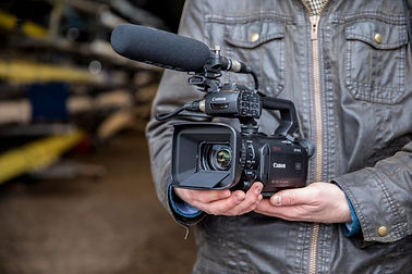 Hire Canon XF405-2.jpg