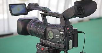 video-camera-1197571_960_7201-960x500.jp