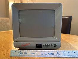 TV2-b.jpg