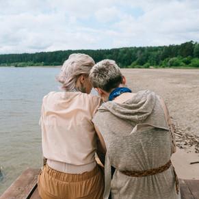 women-sitting-on-beach-3727580.jpg