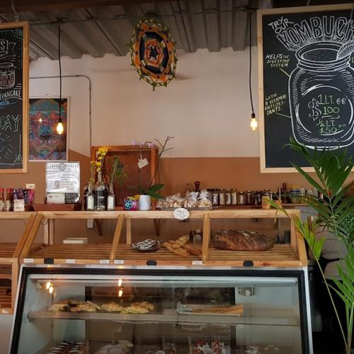 Chouw Chouw Cafe